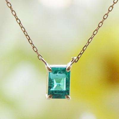 【送料無料】 K18 Onlry one Emerald emeraldcut pendant necklace  (オンリーワンエメラルドエメラルドカットペンダントネックレス)