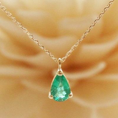 【送料無料】 K18 Onlry one Emerald pear shaped pendant necklace  (オンリーワンエメラルドペアシェイプペンダントネックレス)