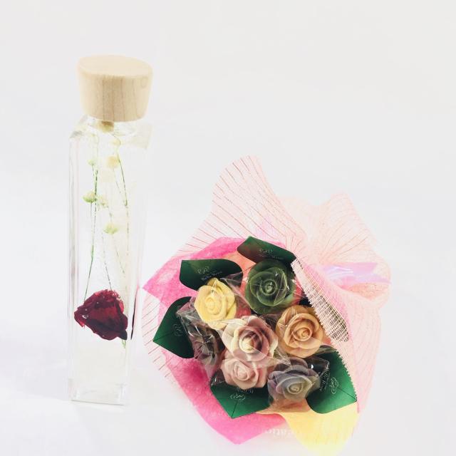 【NEW】バラのショコラブーケ7本とハーバリウムセット9