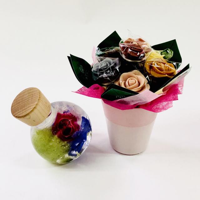 【限定商品】バラのショコラアレンジ6本とハーバリウムセット13