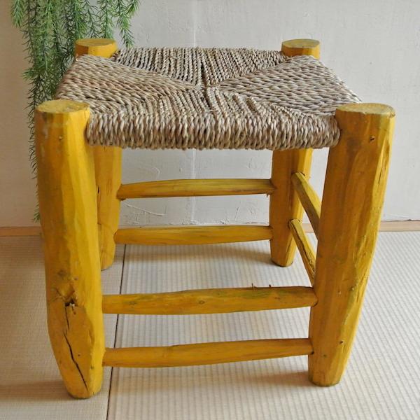 木椅子 黄色