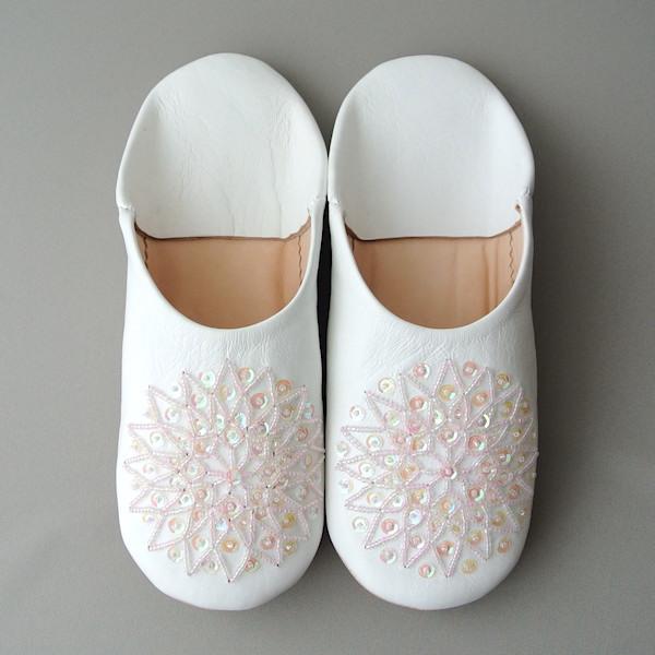 バブーシュ White ピンク