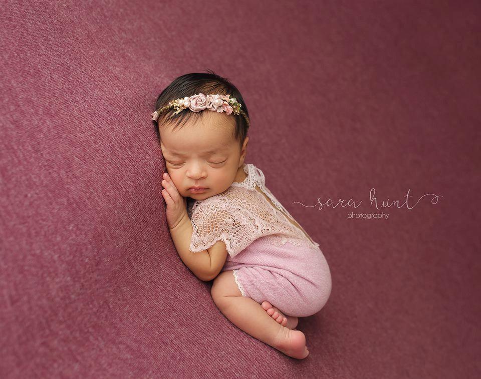 Newbornドレス☆繊細なレースのかわいいロンパース ライラック