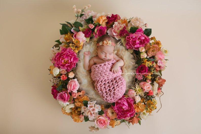 ニューボーンフォト用コクーンピンク 赤ちゃん撮影に。おひな巻ができなくてもかわいくなるニューボーン撮影アイテム