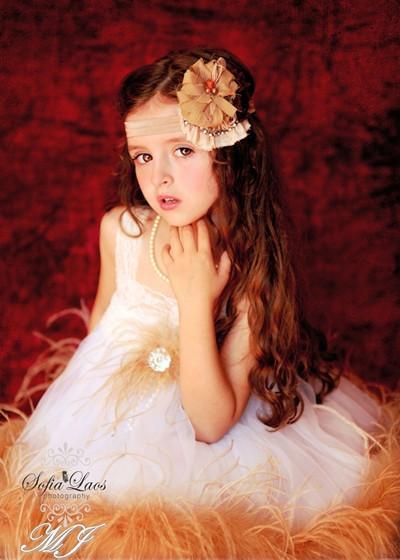 天使のようなオーストリッチフェザードレス「Girls Angel Ostrich Feather Dress」1歳から6歳