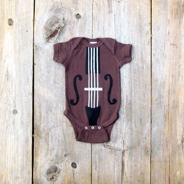 バイオリン柄ロンパース♪可愛いくておもしろい海外デザイン♪Newborn-24months