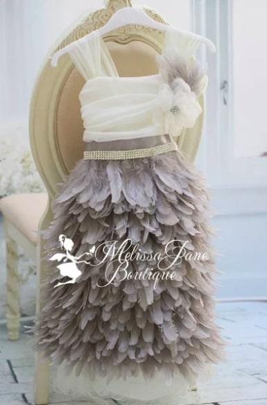 グレイフェザーのエプロンドレス「Grey Feather Apron Dress」1歳から10歳
