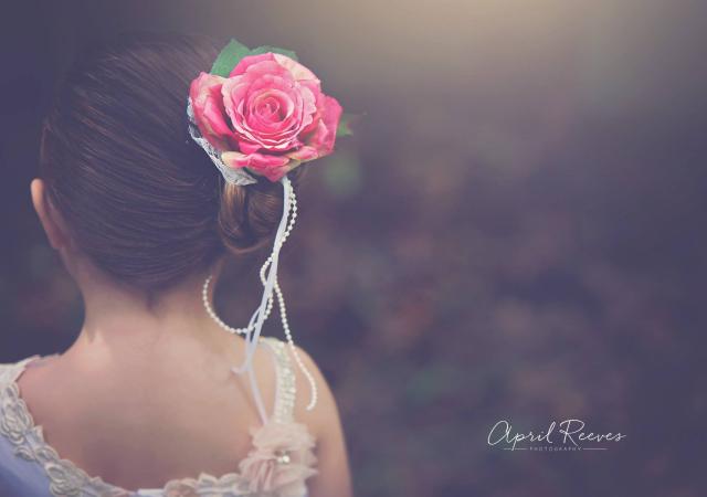 美しく輝くフリルのドレス「Beautiful Glitz Ruffles Flower Girl Dress」1歳から10歳