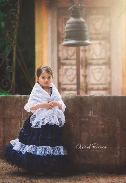 〜アフィーナ〜ブルーフェザードレス「『Afina』 Girls Blue Feather Dress」1歳から6歳