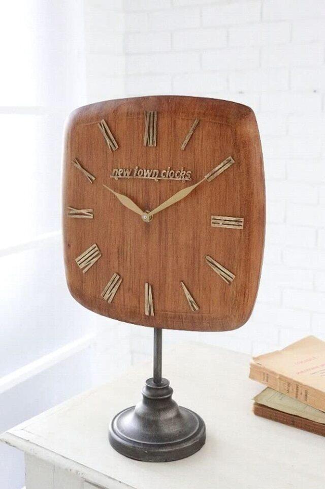ニュータウン・ウッドクロック  アンティーク調 置き時計 インテリア
