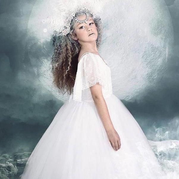 チャーミングなフェザードレス「Charming Girls Feather Dress」1歳から14歳