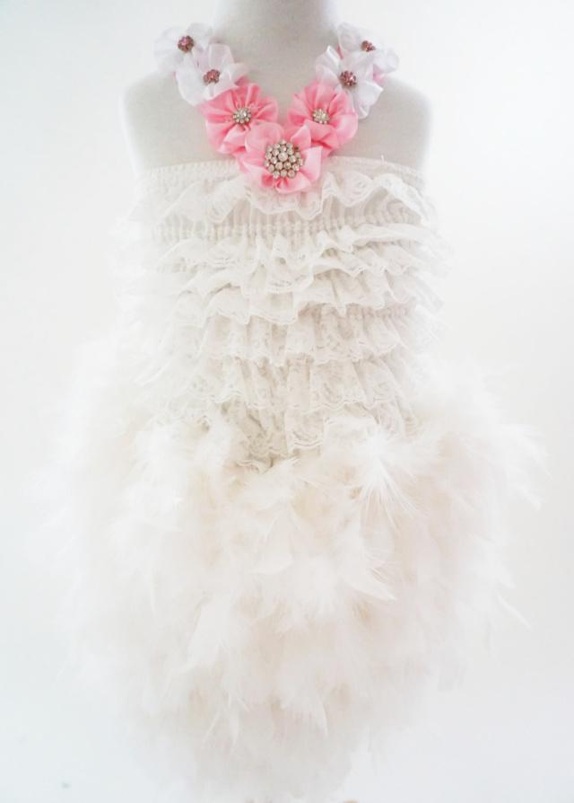 ピンクとホワイトのフラワーフェザードレス 「coco pinkish」