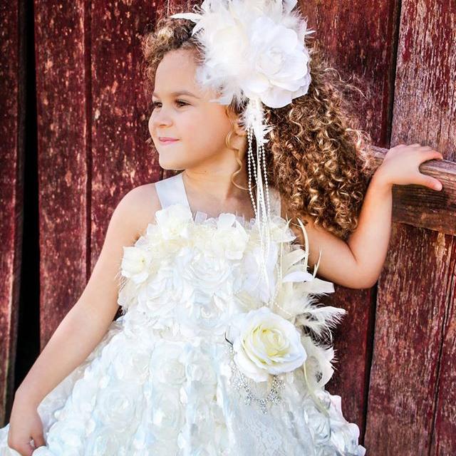 お気に入りの花びらのロゼットドレス「Darling Petal Rosette Girls Dress」1歳から6歳