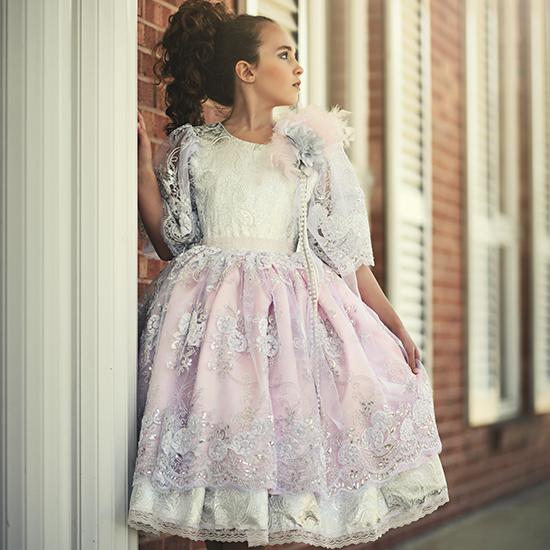 優雅なダブルレイヤードドレス「Sweet Expressions Double Layered Gown」2歳から10歳