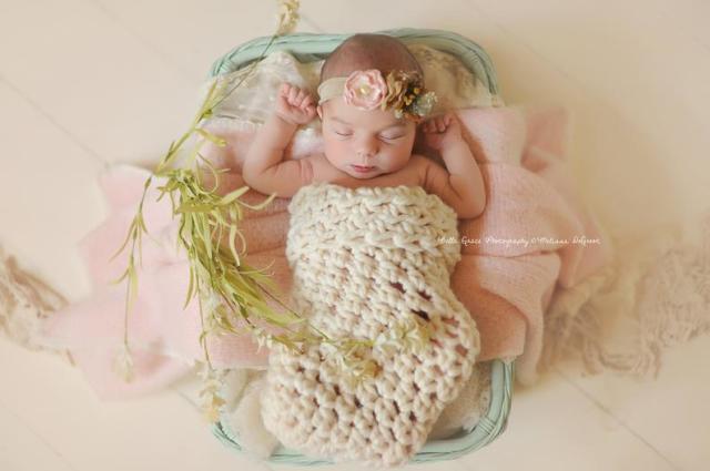 ニューボーンフォト用コクーン白 赤ちゃん撮影に。おひな巻ができなくてもかわいくなるニューボーン撮影アイテム