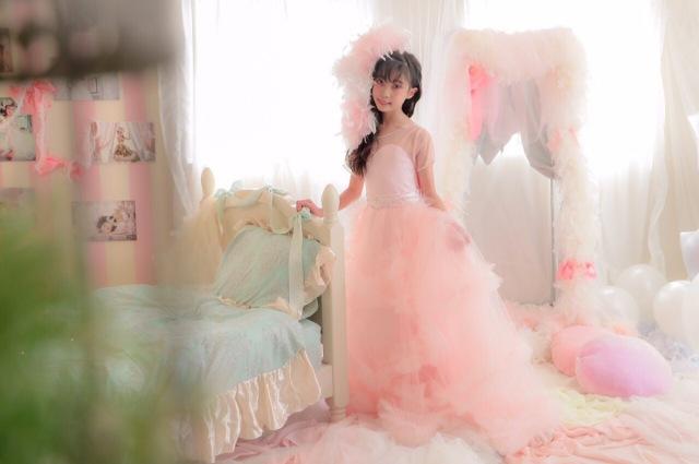 フェザーヘッドドレス