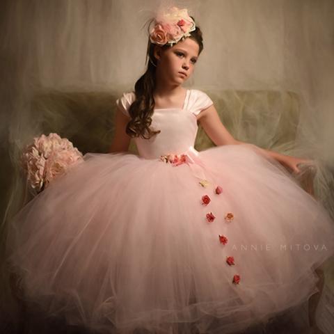 ピンクのフローティングプリンセスドレス「Floating Princess Pink Flower Girl Dress」1歳から14歳
