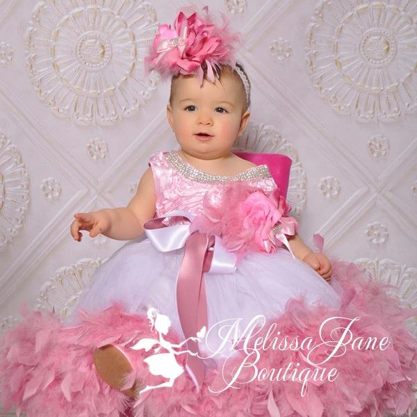 ダスティローズのジュエリードレス「Dusty Rose Jeweled Flower Girl Dress」1歳から5歳