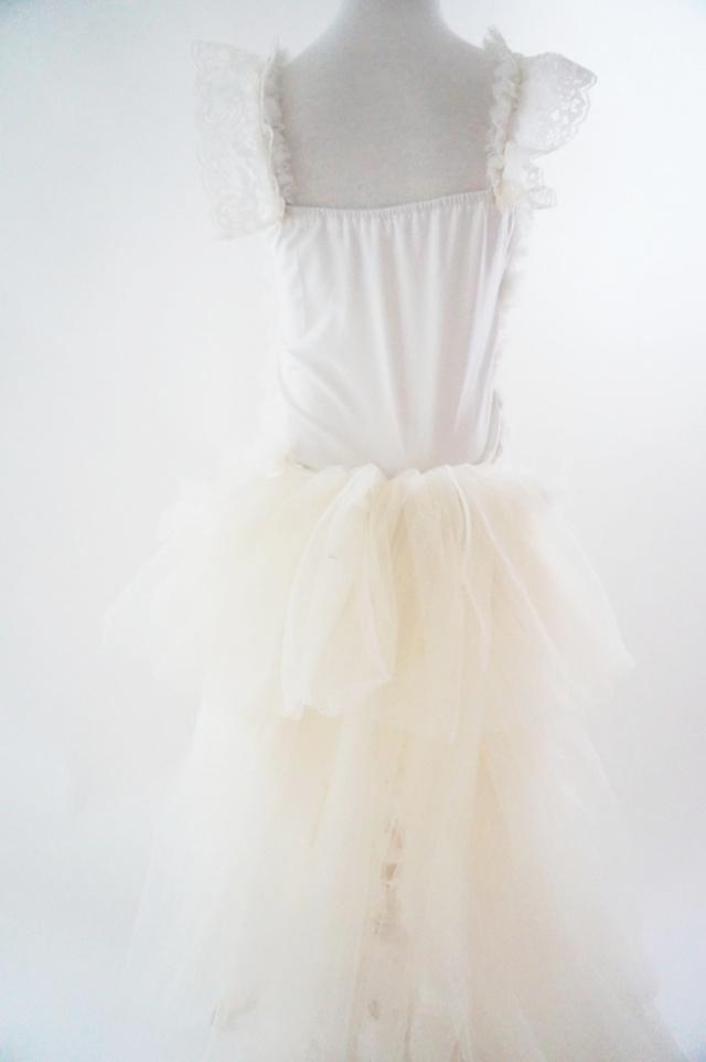 トレーン付きロンパースドレス Little House