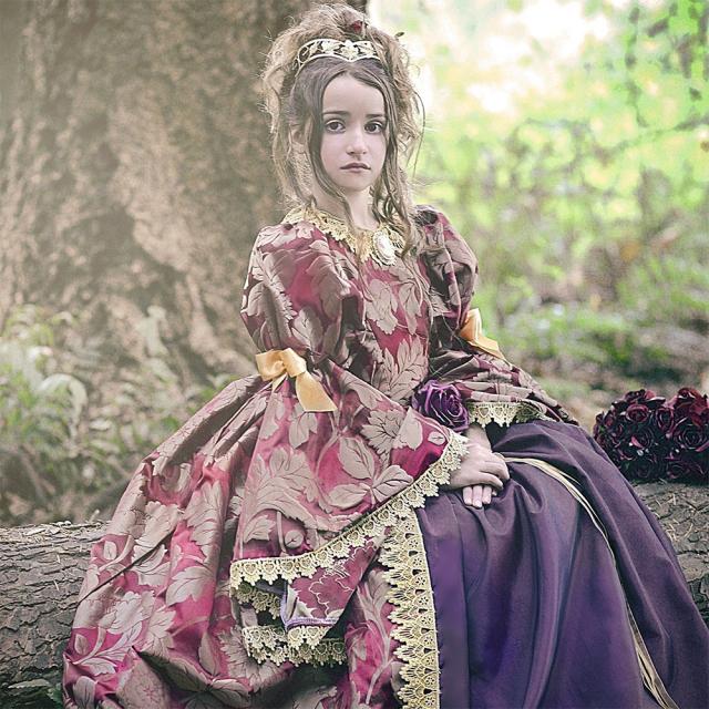 ルネッサンス ゴールドリーフドレス「Renaissance Gold Leaf Exquisite Girls Gown」2歳から12歳