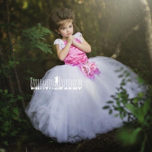 サテンのフェアリードレス「Sweet Satin Fairy Princess Dress」2歳から12歳