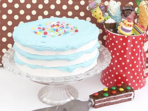 飾りフェイクデコレーションケーキ