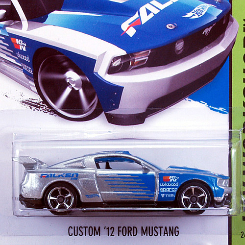 CFL59_Custom-12-Ford-Mustang_SLV_02.jpg