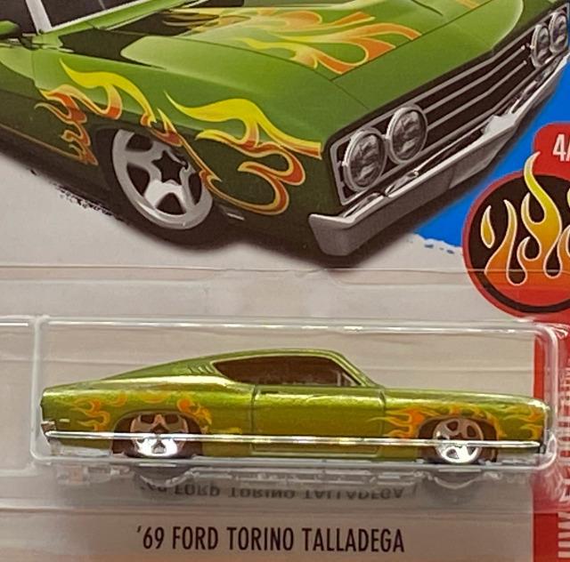 2017 HW Flames / '69 Ford Torino Talladega / '69 フォード トリノ タラデガ