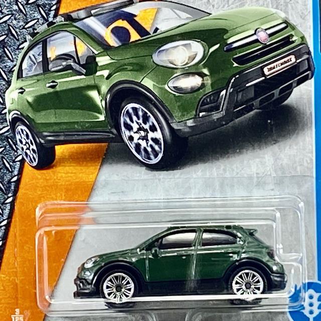 2017 MBX Adventure City/ '2016 Fiat 500X / '2016 フィアット 500X