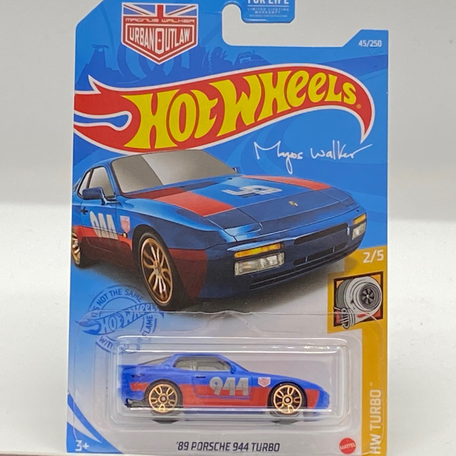 GTC38_89-Porsche-944-Turbo_BLU