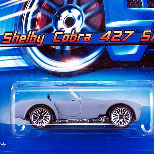H9068_GRY_Shelby-Cobra-427-SC_02.jpg