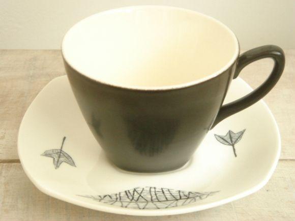 ミッドウィンター ネイチャースタディー コーヒーカップ&ソーサー