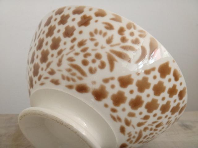 フランス アンティーク カフェオレボウル 花と幾何学模様 ブラウン