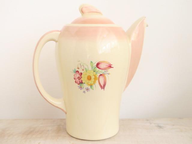 スージークーパー ピンク スウォンジースプレイ コーヒーポット