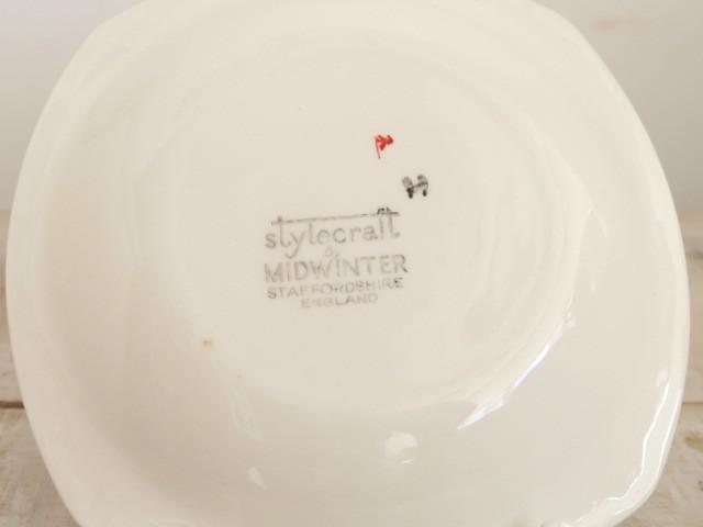 ミッドウィンター レッドドミノ デミタスカップ&ソーサー MIDWINTER RED DOMINO