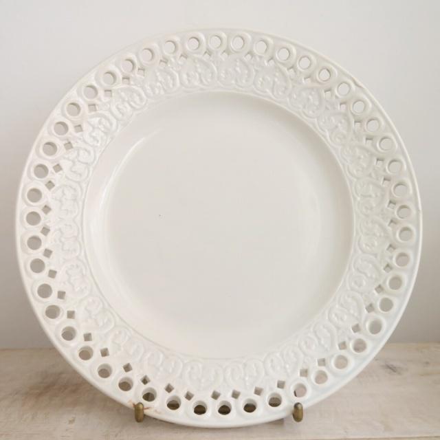 クレイユモントロー製 アンティーク皿 プレート レリーフ Creil Montereau
