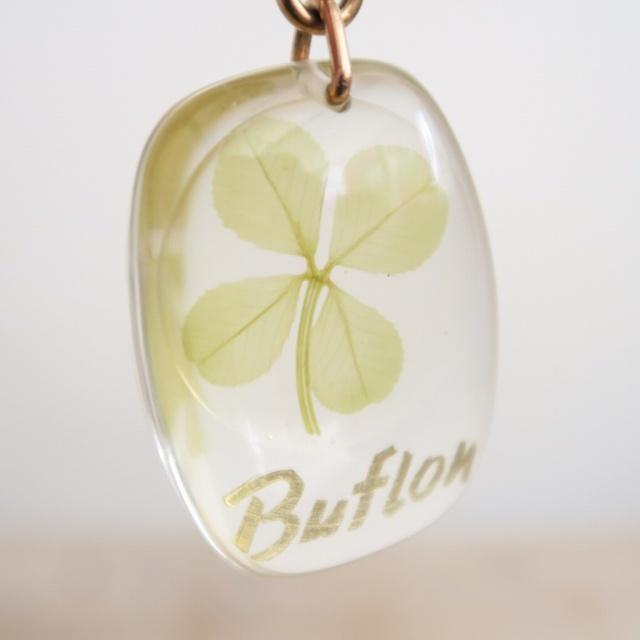 ブルボンキーホルダー 四つ葉のクローバー Buflon