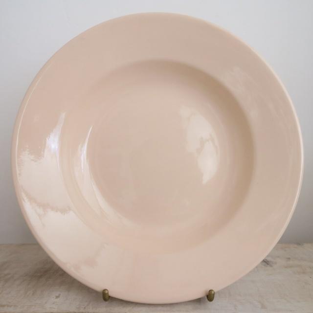 サルグミンヌ製 アンティークプレート サーモンピンク 深皿 DIGOIN & SARREGUEMINES