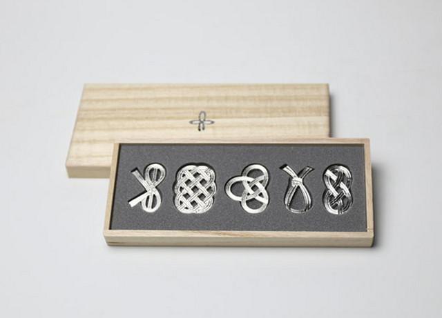曲げる箸置 「結び」 -能作-
