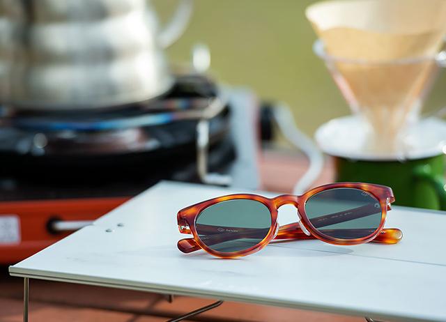 日本人のためのサングラス HARE  - tesio -