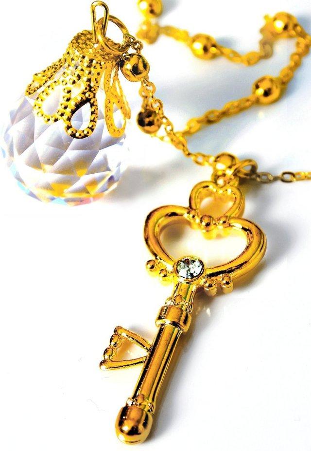 幻の銀水晶 & 時空の鍵 ネックレス