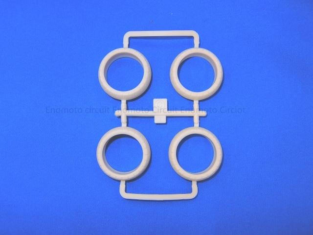 T09512 タミヤアフターパーツ カラーバレルタイヤ(白)