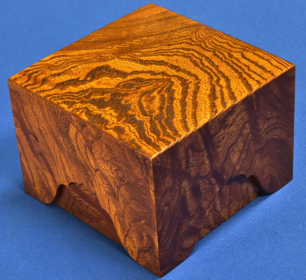 駒箱  欅杢 摺漆