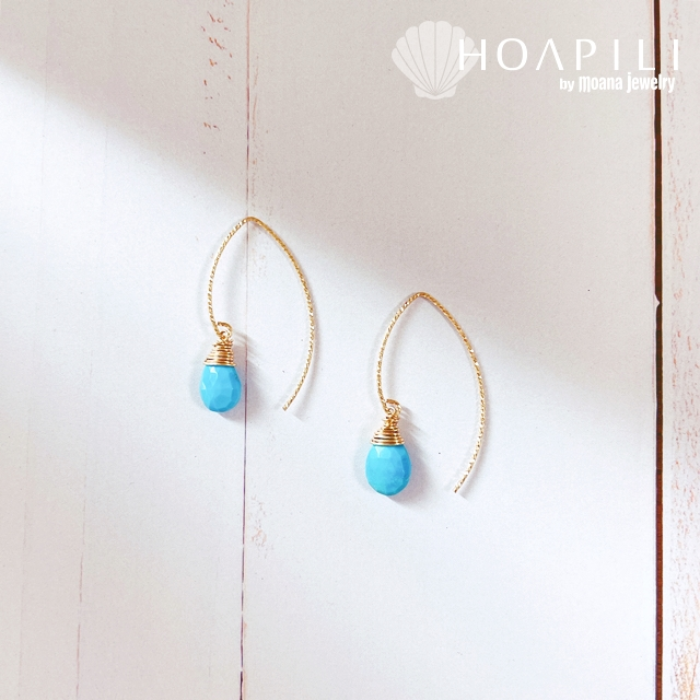 hp_p246 限定品 宝石として扱われているアリゾナ産ターコイズ 14KGF製ダイアモンドカットVフックピアス  Sleeping Beauty Turquoise