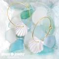 moana_p225 白蝶貝の大きめワイヤーフープピアス Shell