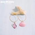 moana_p238 シェルのフープピアス Sweet Shell