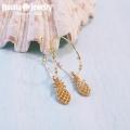 moana_p278 大きめフープのパイナップルピアス White Pineapple
