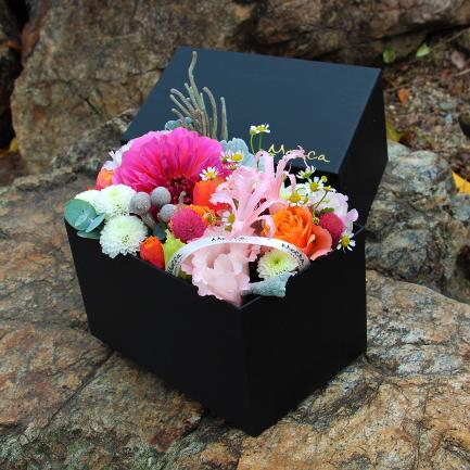 ボックスアレンジメント きらめくお花の宝石箱 5000円