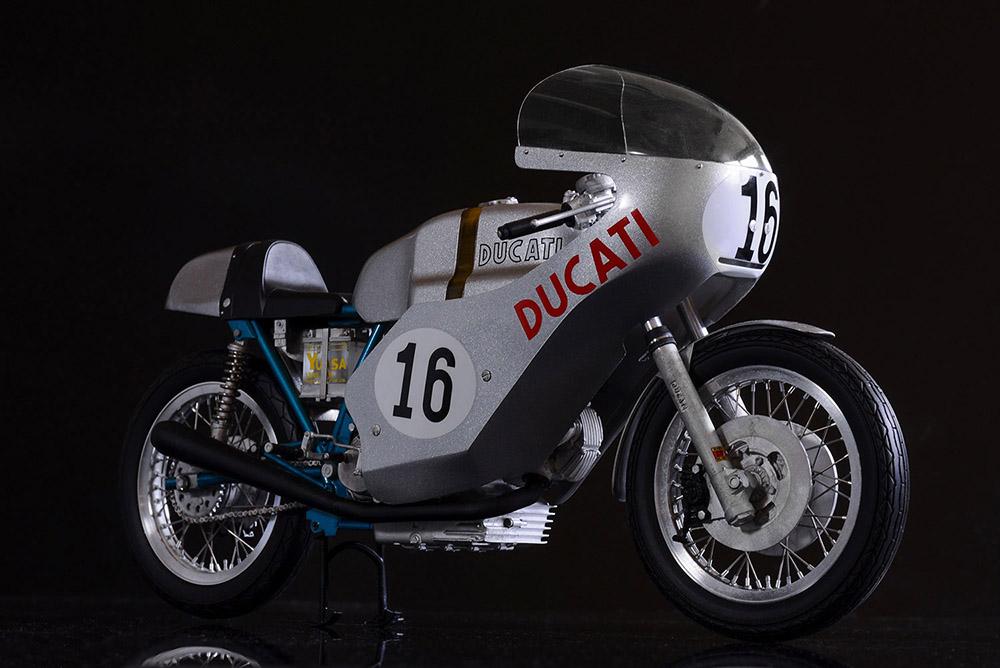 1/9scale Fulldetail Kit : 750 Imola Racer 1972