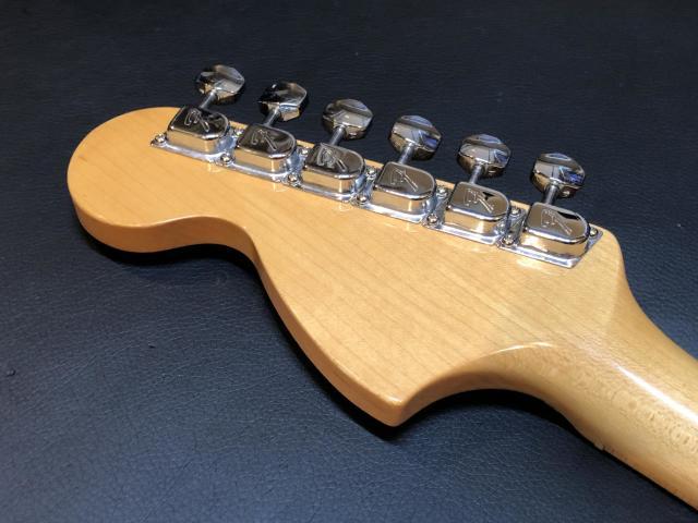 Fender Japan ST68